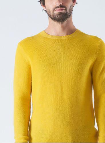 Round neck spray printed Sweater