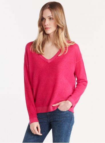 V-neck spray print sweater